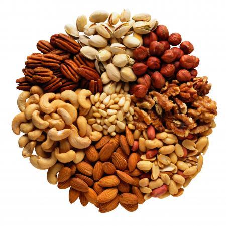 Чрезмерное употребление орехов – опасно